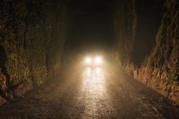 Cuidados para dirigir em dias de neblina